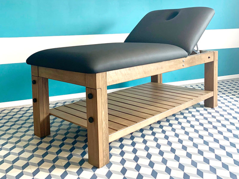 Meuble-sur-mesure-table-de-massage-natura-maleas-chene