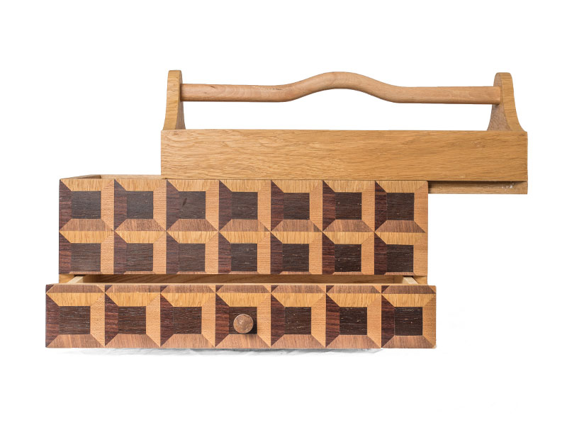Realisation-banniere-objet-en-bois-boite-a-outils-2