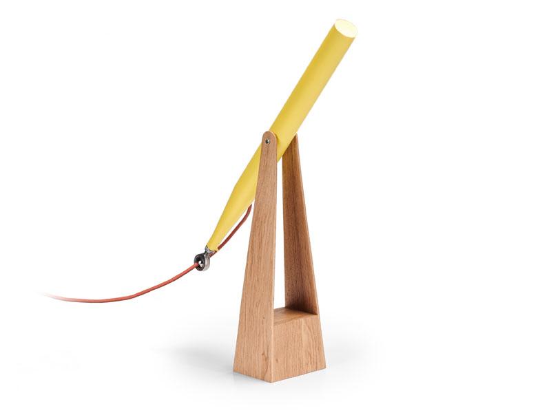 Realisation-banniere-objet-en-bois-lampe-ROD-LIGHT-a-piece-of-sky-AIRBUS